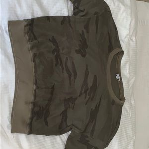 Splendid long sleeve camo shirt. Worn once